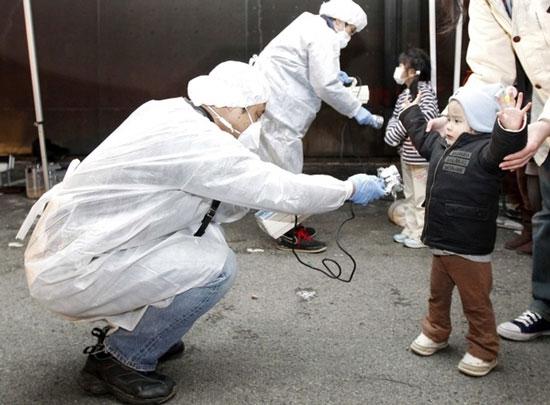 Nửa số trẻ em Fukushima nhiễm phóng xạ
