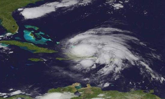 """Mỹ: Nhiều bang """"phấp phỏng"""" chờ siêu bão Irene"""