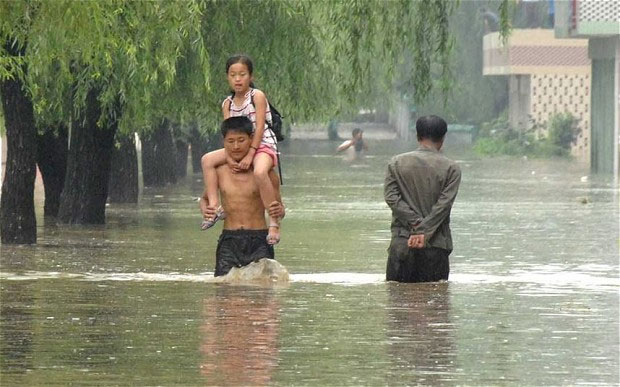 Hơn 100 người chết vì lũ lụt tại Triều Tiên