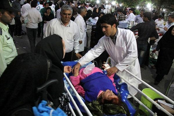 Iran: Hàng trăm người chết vì động đất kép