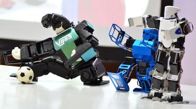 Video: Xem robot Nhật Bản trình diễn