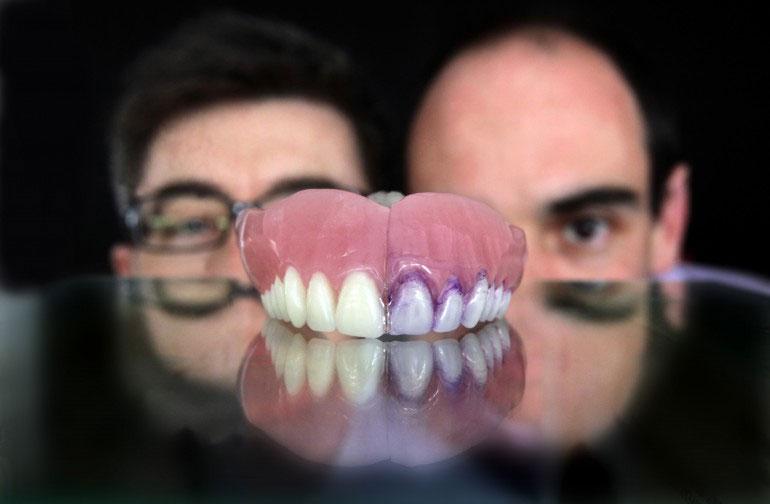 Công nghệ đánh răng bằng chính vi khuẩn trong miệng