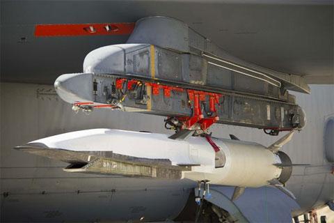 Video: Chuyến bay thử nghiệm của Waverider