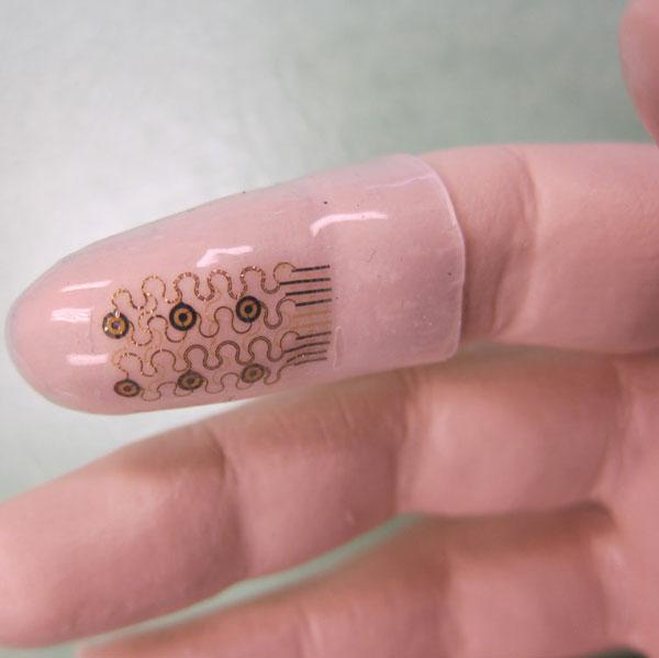 Triển vọng phát triển găng tay phẫu thuật thông minh