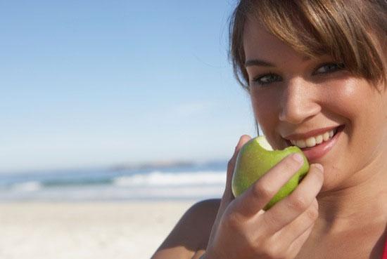 Ăn táo, chớ bỏ vỏ