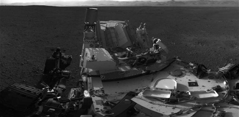 Tàu Curiosity dịch chuyển thử nghiệm trên Sao Hỏa