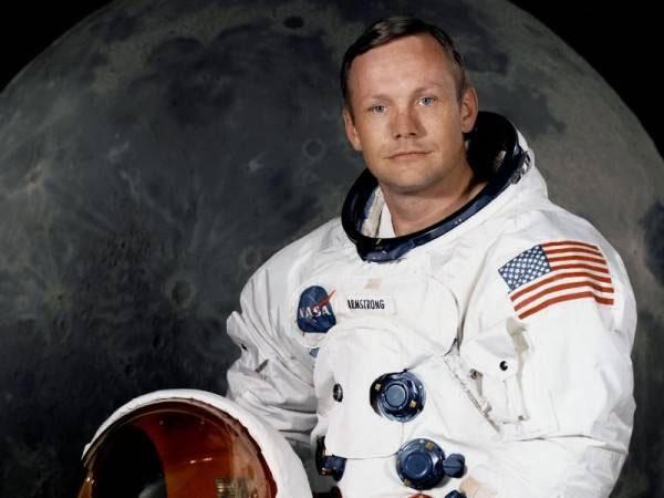 Phi hành gia Neil Armstrong