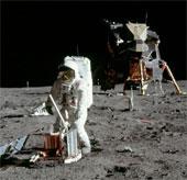 Công viên lịch sử mặt trăng: Ai muốn tham quan?
