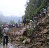 Mưa lớn tại Ấn Độ gây sụt lở đất khiến 14 người chết