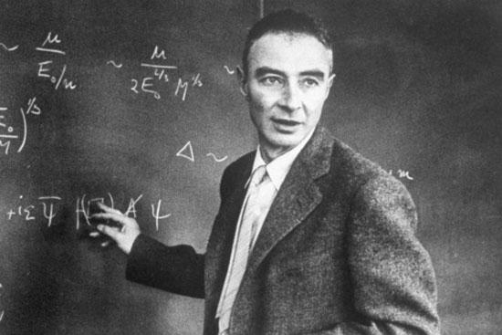 Nhà vật lý Robert Oppenheimer