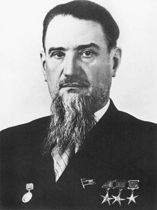 """""""Cha đẻ"""" của bom nguyên tử thời Xô - Viết"""
