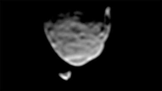 Robot Tò Mò chụp ảnh hai mặt trăng của sao Hỏa