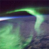 Video: Bắc Cực và Nam Cực nhìn từ trên không