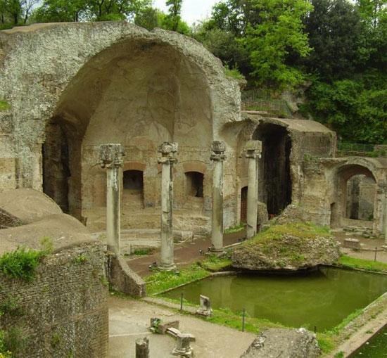 """Hé lộ """"thành phố ngầm"""" dưới dinh thự hoàng đế La Mã"""