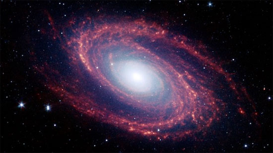 Sinh nhật 10 tuổi kính viễn vọng không gian Spitzer