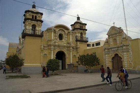 Nhà thờ Pisco