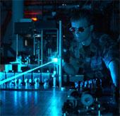 Phòng thủ trước tia laser
