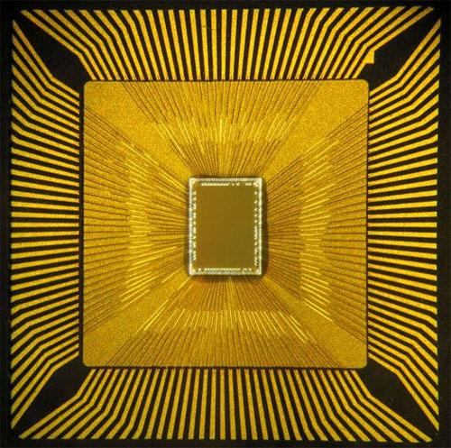 IBM công bố chip vi mạch dựa trên bộ não người
