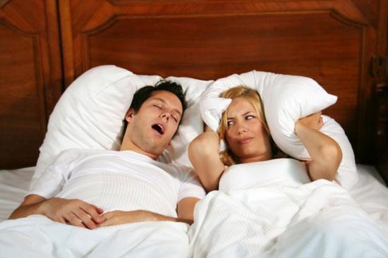 Ngủ ngáy làm hại não