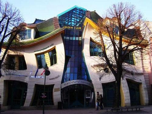 Ngôi nhà cong (Sopot, Ba Lan)