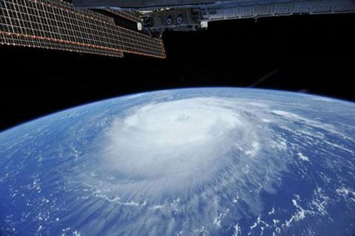 Bão Katia nhìn từ trạm ISS