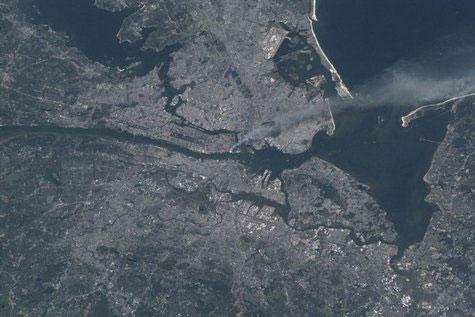 Vụ 11/9 nhìn từ vũ trụ