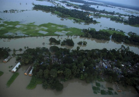 Nam Á chìm trong nước lũ