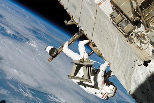 3 phi hành gia rời khỏi ISS