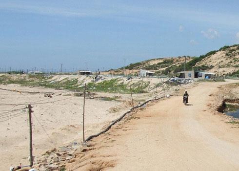 Khu vực được quy hoạch xây dựng nhà máy điện hạt nhân Ninh Thuận ở Vĩnh Tường. (Ảnh: Sơn Ninh)