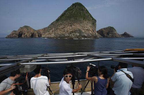 Dân Hồng Kông bất ngờ với thông tin siêu núi lửa
