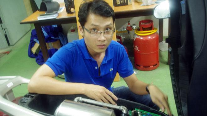 Xe gắn máy đa nhiên liệu