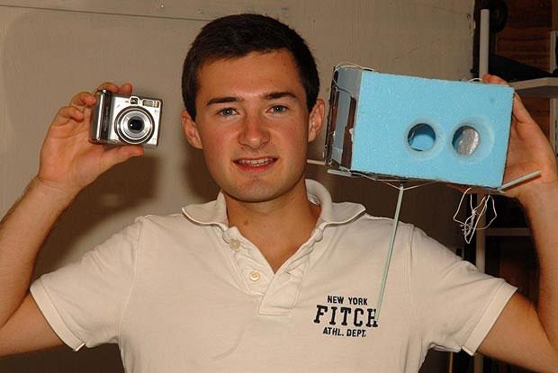 """Sinh viên cho camera """"thăng thiên"""" để chụp ảnh địa cầu"""