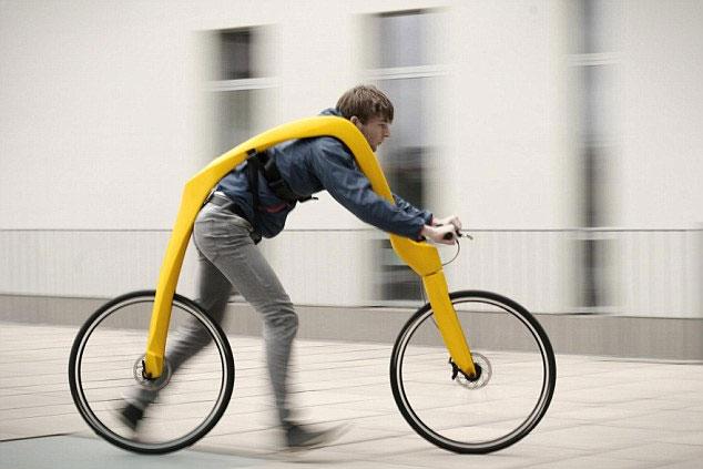 Video: Sáng chế xe đạp không yên, không pedal