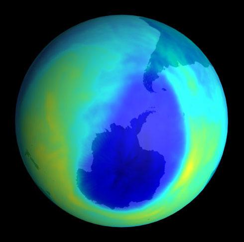 Tầng ozone chỉ phục hồi sau 40 năm nữa
