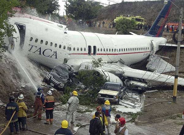 Ngồi phía sau an toàn hơn khi máy bay rơi