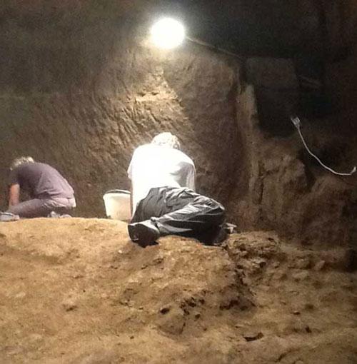 Kim tự tháp đầu tiên thời văn minh Etruscan được tìm thấy tại Ý