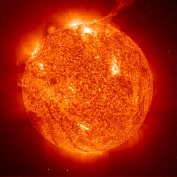Vệ tinh dễ bị ảnh hưởng bởi các cơn bão mặt trời.