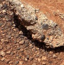 Phát hiện dấu tích của suối trên sao Hỏa