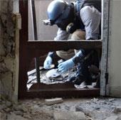"""Vũ khí hóa học Syria được """"mổ xẻ"""" như thế nào?"""