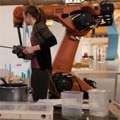 Video: Giới thiệu robot nấu ăn
