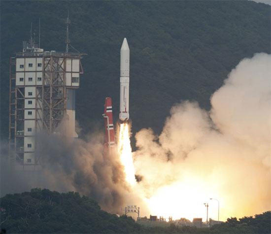 Nhật Bản đã phóng thành công tên lửa mới Epsilon