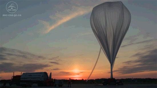 Canada nghiên cứu tầng bình lưu bằng khinh khí cầu