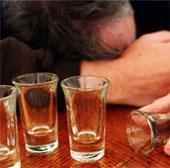 Bệnh lạ: Cụ ông say xỉn vì thức ăn