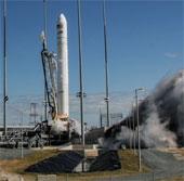 """Tàu Cygnus hoãn """"cập bến"""" ISS do lỗi định vị"""