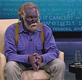 Người đàn ông có màu da xanh mới qua đời