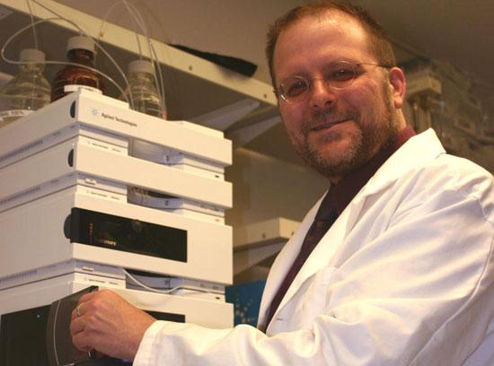 Chất khử vi trùng mới giúp ngăn chặn virus HIV
