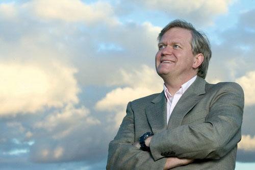 Nhà khoa học Brian Schmidt - (Ảnh: AFP)