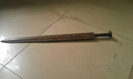 Trung Quốc tìm thấy thanh gươm thời Chiến quốc