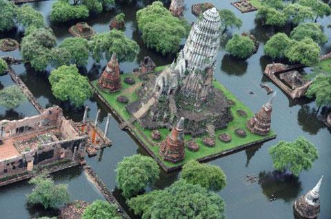 Thái Lan chìm trong lũ lụt