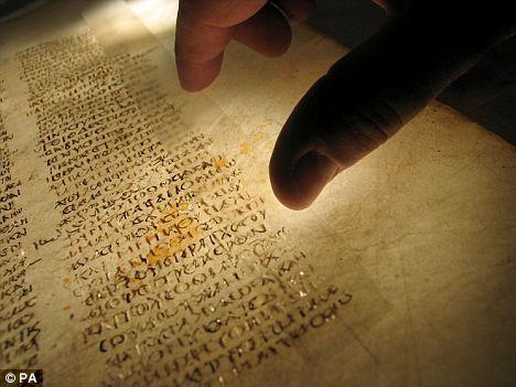 Sự thật về tác giả viết cuốn Kinh Thánh?